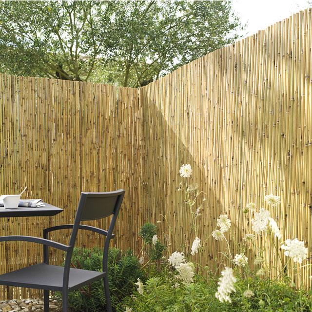 44 fa ons de se cacher de vos voisins au jardin photos et explications. Black Bedroom Furniture Sets. Home Design Ideas