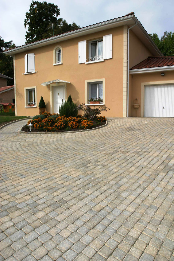 Quels mat riaux pour une all e de garage - Amenagement allee de garage ...