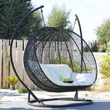 5 fa ons de faire la sieste dans son jardin. Black Bedroom Furniture Sets. Home Design Ideas