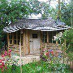 Abri bois avec toit en vague - ©Rog/readersheds.co.uk