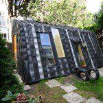 Abri de jardin en pneus - ©Jan Korbes/refunc.nl