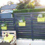 Clôture horizontale en palettes ©1001pallets.com