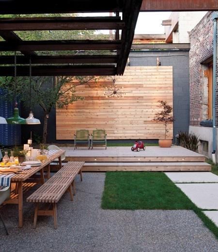 Tiered Contemporary Urban Garden: 13 Aménagements De Petits Jardins De Ville à Recréer Chez Vous