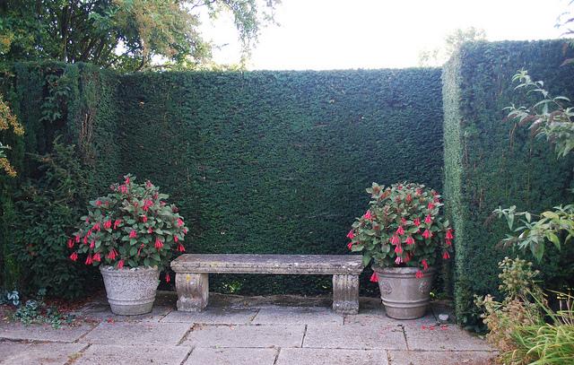 Cr er un coin repos dans son jardin - Que mettre dans un composteur de jardin ...