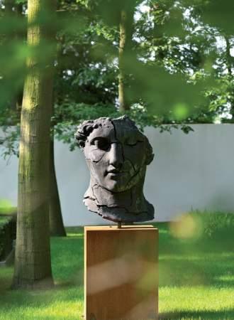 Sculpture sur socle ©Puurgroen.nl