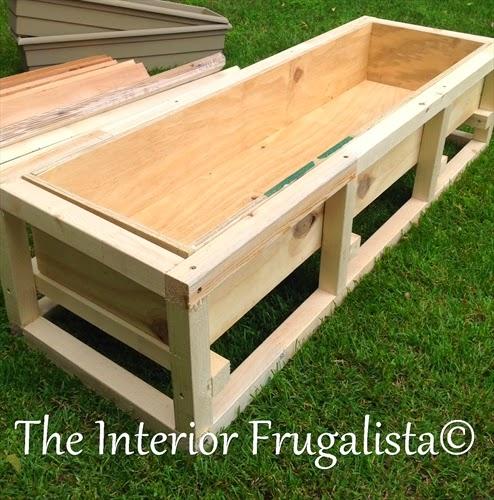 cr er soi m me un mur d 39 eau pour son jardin ou sa terrasse. Black Bedroom Furniture Sets. Home Design Ideas