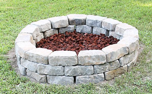 Idées De Braseros à Créer Soimême Photos Explications - Construire un foyer exterieur en pierre