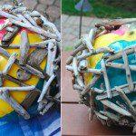 Mise en place des morceaux de bois sur le ballon ©Creativeinchicago.com