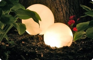 Boules lumineuses ©Centsationalgirl.com