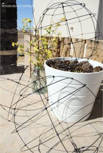 Sphères en fil d'acier ©Thewoodgraincottage.com