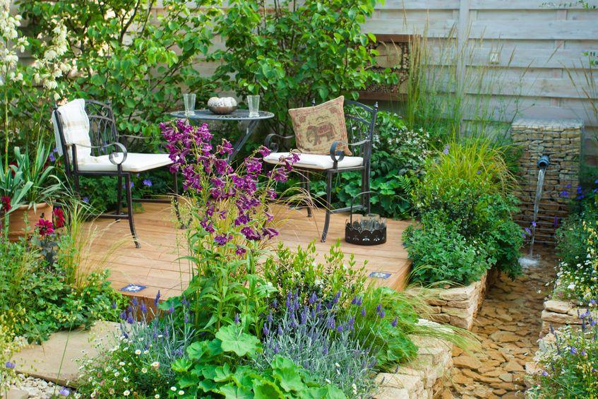 Créer une fontaine de jardin soi-même : le guide pas à pas